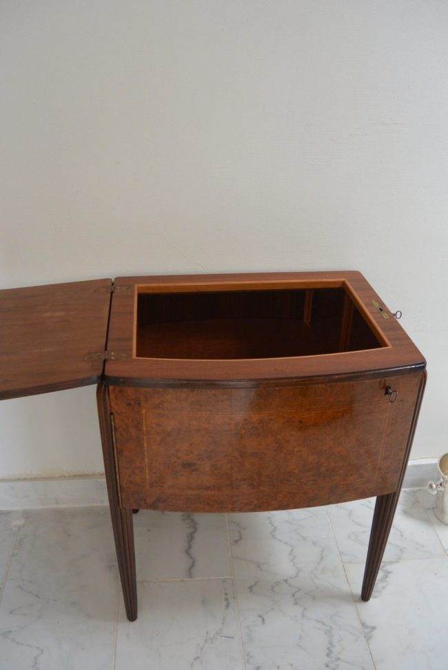 Art Deco Bar - Burr walnut - opened top