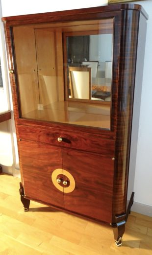Art Deco vitrine with rosewood veneer
