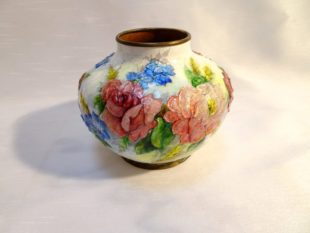 Camille Fauré Limoges - White Art Deco enameled vase with floral decoration
