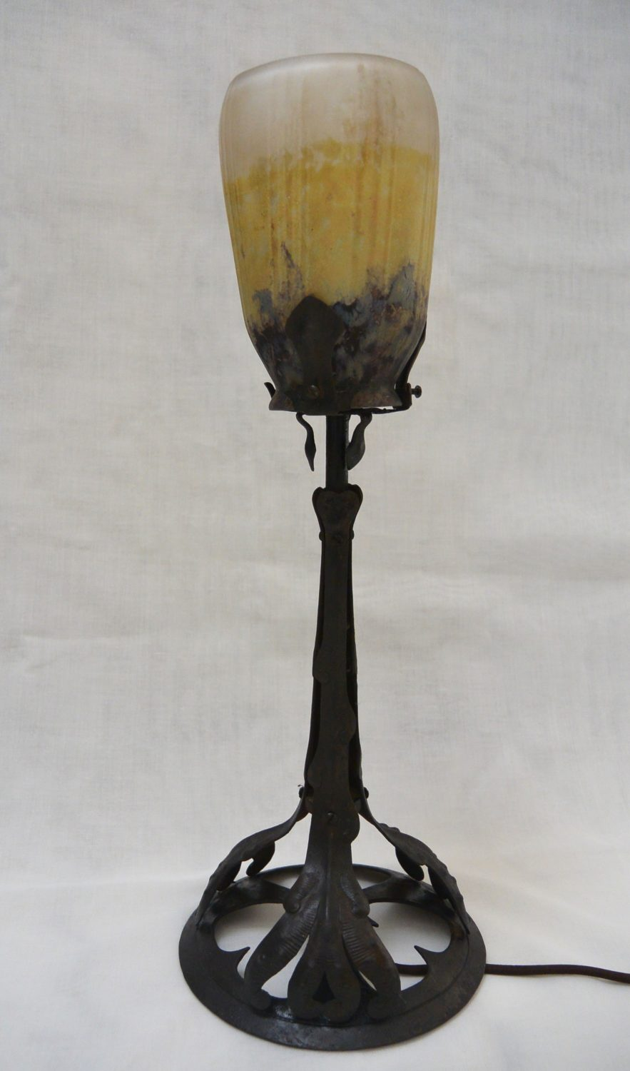 Daum and Majorelle - Art Nouveau table lamp