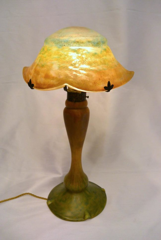 Daum Nancy - Pâte de verre table lamp